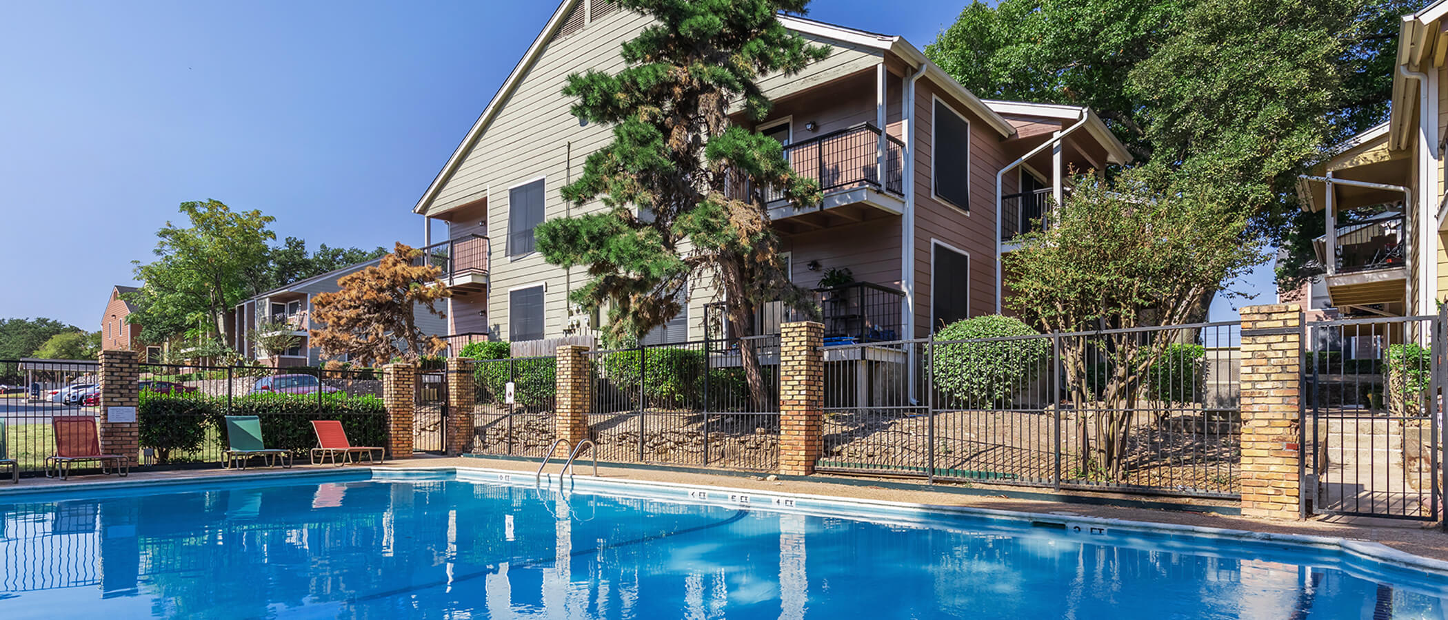 Highland Cove Apartments slideshow image 1